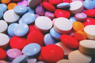Co-promotion score: Ukazovateľ priemerného počtu liekov diskutovaných medicínskym reprezentantom počas jednej návštevy lekára